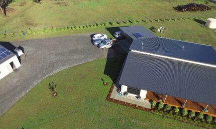 Semi rural home on 9000 m2 block