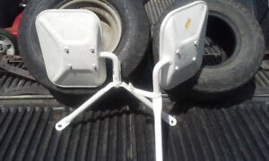 Old style trailer towing mirrors $15 firm