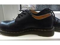 DOC MARTENS - Women's,size 6 navy boots