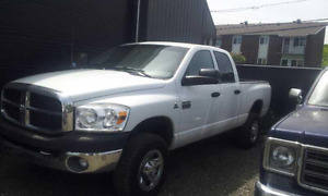 2008 Dodge Power Ram 3500 short box Camionnette