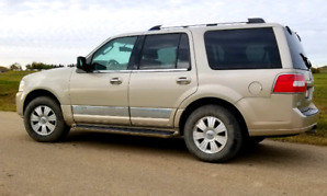 Lincoln Navigator for sale!