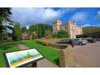 Seasonal Receptionist with Experience - Popular Holiday Resort