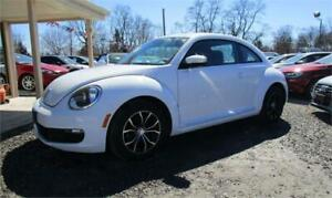 2016 Volkswagen Beetle Coupe with Spoiler Only 66,000 kms