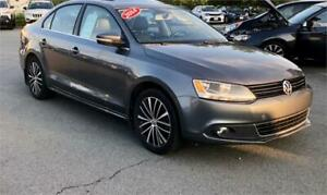 2014 Volkswagen Jetta Sedan Highline w bluetooth/leather/sunroof
