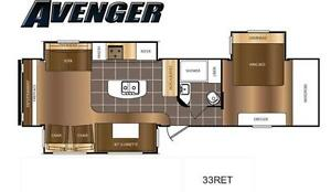 Couples 3-slide Travel Trailer with Rear Living Room Kitchener / Waterloo Kitchener Area image 1
