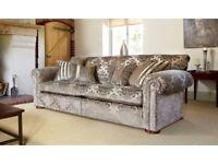 Duresta Waldorf 2.5 Sofa in Vogue Truffle fabric.