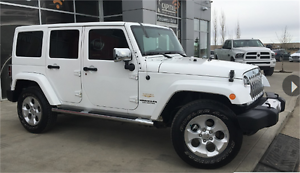 2014 JEEP WRANGLER UNLIMITED SAHARA AUTO GREAT CONDITION !!