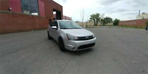 **2010 FORD FOCUS SES** AUTO/TOIT OUVRA T/A.C/MAGS/514-560-0266