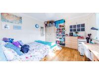Large 4 bedroom Split over 2 floors. Holloway/Caledonian Road Tube