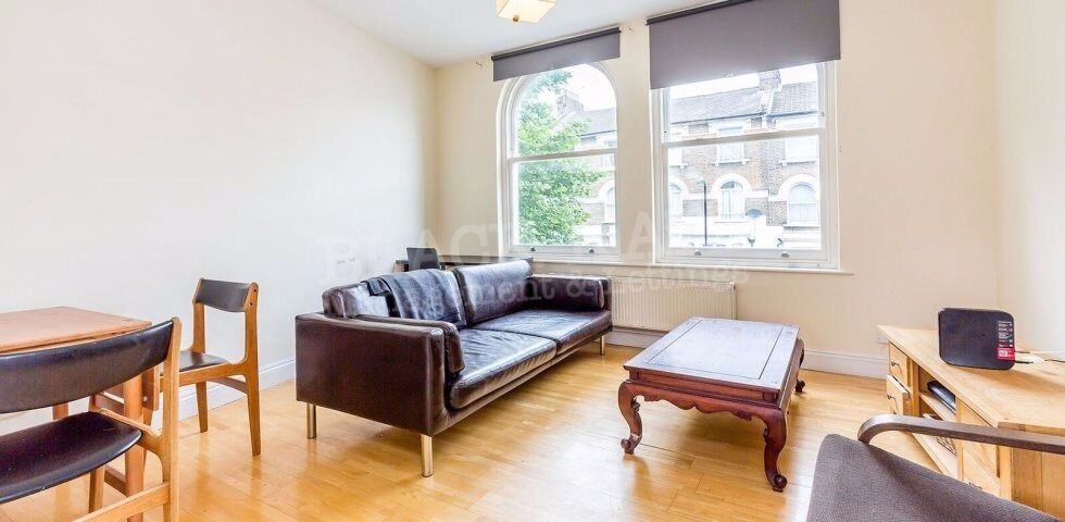 Lovely 2 bedroom period converison in Finsbury Park / Highbury - £370pw