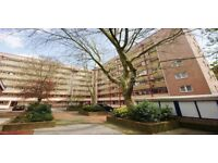 Spacious four double bedroom flat, located within minutes from UCL,SOAS and UCH