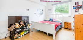 STUDENTS!!! 3 bed available in Septmeber!!! Next to East Finchley Tube!!