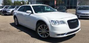 2016 Chrysler 300  AWD Leather, PanoRoof **ALL CREDIT APPROVED**