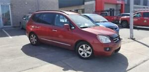 KIA RONDO EX 2008 / 7 PASSAGERS / AC / MAGS / VERY CLEAN !