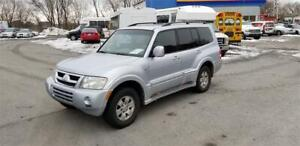Mitsubishi Montero Limited-------CUIR+TOIT+MAGS+7Places