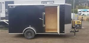 ROYAL CARGO LT 6' X 12' V NOSE ENCLOSED TRAILER WITH RAMP DOOR