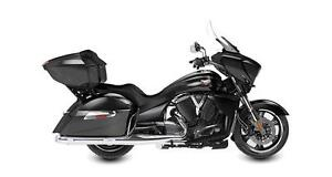 2016 Victory Cross Country Tour - Gloss Black and Chrome