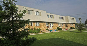 2 Bedroom Townhouse - Great Location on Southdale- Available Dec London Ontario image 4