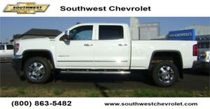 2015 GMC Sierra 2500HD SLT Crew 4x4, 96575km, 6.0L Gas, Leather