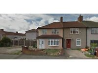 LOVELY 3 BEDROOM HOUSE IN DAGENHAM RM9 CLOSE TO HEATHWAY STATION **PART DSS ACCEPTED** £1550