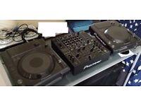 Pioneer CDJs 850 x2 and DJM 850 (mint cond)