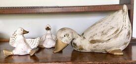 Set of 3 ceramic duck ornaments