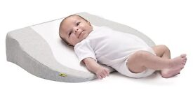 BABYMOOV Cosymat Cot / Crib Wedge - As New (Used twice)