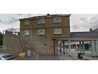 Available now this three bed flat in Barking Ig11!!! Part dss accepted