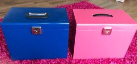 Metal filing box