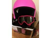SNOW SPORTS HELMET AND GOGGLES