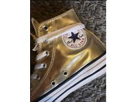Brand new gold converse size 5 in box