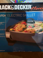 Electric skillet, never been used