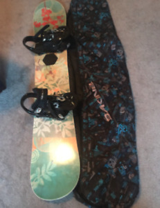 GNU/Lib Tech Womans Snowboard Lot