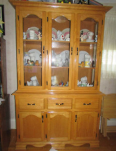 Gorgeous Solid Oak China Cabinet