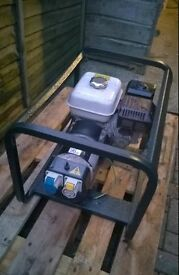Honda GX160 3Kva Generator 240v/110v. Can ship uk with Paletline