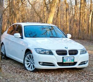2011 BMW 3-Series 335 xi Sedan