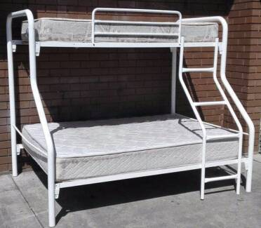 metal frame double plus single bunk bed with mattresses