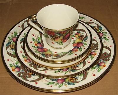 Lenox Holiday Tartan Christmas China  5pc Place Setting  Set for 1 New