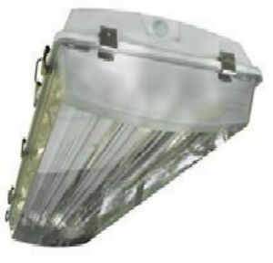 4 Lamp Vapor Proof T5 High Bay Fluorescent Light Fixtures Wet
