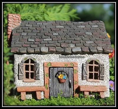 Hobbit House - Miniature Sweet Meadows Fairy Cottage Faerie Gnome Hobbit Garden House WS 523