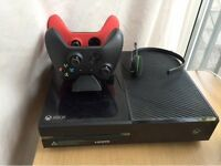 Xbox One, 10+ Quality Games, Controllers and Accessories
