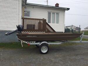 12 FT Smoke Craft Boat
