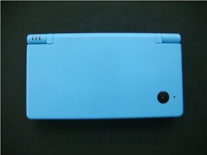 BLUE NINTENDO DSI INCLUDES CHARGER AND STYLUS PEN