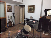 Rehearsal / Recording Music Studio in Finsbury Park full backline rates from £6ph
