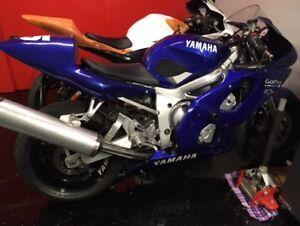 Yamaha R6 2000 26572 km