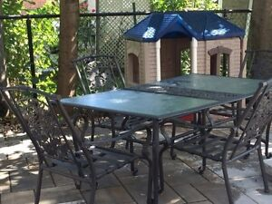 1 Patio table with 4 chairs