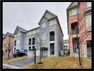 GORGEOUS FREEHOLD TOWNHOME IN PRIME NORTH AJAX!