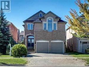 159 Redstone Rd Richmond Hill Ontario Beautiful House for sale!