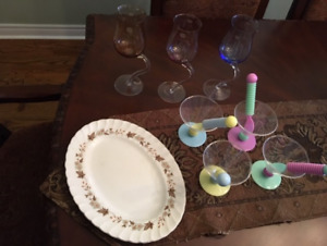 FREE serving Dish, 3 Wine Glasses and 4 Ice Cream plastic cups