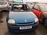 2001 Renault clio, 1.9 diesel, for parts only, all parts available